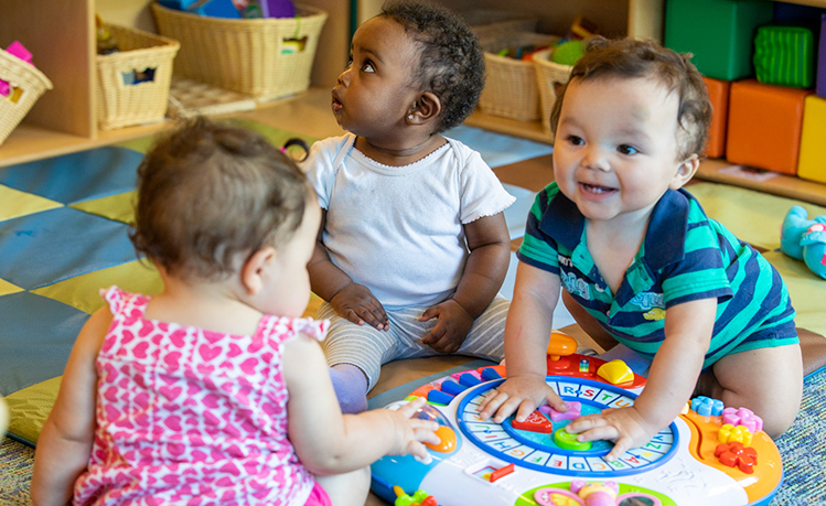 Early Head Start offers comprehensive child development and family support services to low-income and underserved populations including expecting mothers, infants, toddlers and their families.